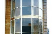 Дом в районе Татарки Киев (Стоечно-ригельный витраж из металопластиковых и стальных профилей)